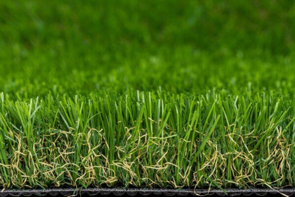 """Lifegrass """"Mild"""" is de zachtste kunstgrasmat uit de collectie en toch heel sterk"""